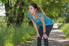 Sportieve vrouw in openlucht Royalty-vrije Stock Fotografie