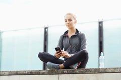 Sportieve vrouw opleiding openlucht Sport en gezondheidsconcept Royalty-vrije Stock Foto