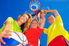 sportig familj Arkivfoto