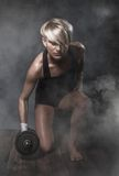 Sportig idrotts- kvinna Royaltyfri Fotografi