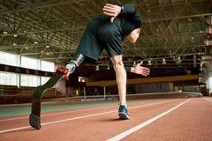 Sportivo handicappato sulla pista Fotografie Stock Libere da Diritti