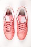 Sportlädergymnastikskor fri stil klassiskt Mode Rosa färger Royaltyfri Bild