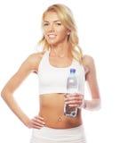 Sportliche Frau mit Wasserflasche Lizenzfreie Stockbilder