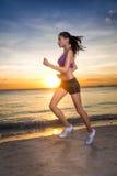 Sportowy żeński biegacz, ranku jog Obrazy Royalty Free