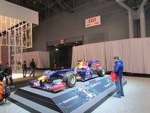 Sportowy samochód na podium 2015 Nowy Jork Międzynarodowy Auto przedstawienie Zdjęcie Royalty Free