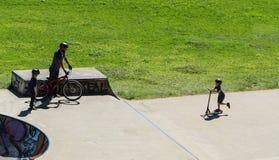 Sports extrêmes dans le sportsground, ville de bellingen, Australie Photos stock