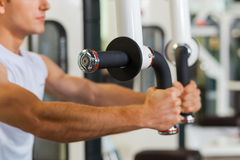 Sports training in gym. Royalty Free Stock Photos