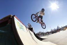 Sports urbains dans le bmx de Majorque photographie stock libre de droits