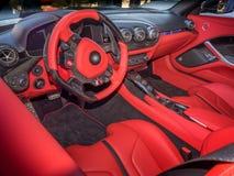 Sportscar-Armaturenbrett Stockbild