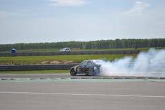 Sportscar strojeniowe rywalizacje na nastrajających samochodach w dryfie rds Zdjęcie Royalty Free