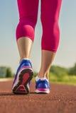 Sportschoenen die close-up in werking stellen Royalty-vrije Stock Fotografie