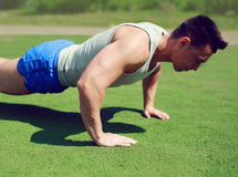 Sportsman push ups outside, fitness, workout, sport Stock Photography