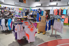 Unlimited clothing store   Cheap clothing stores