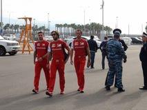 Sportteams kommen zum Olympiapark RUSSE 2014 Sochis Autodrom FORMEL-1 GRANDPRIX Stockbild