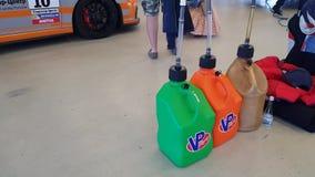Sporttreibstoff im Kanister stock footage