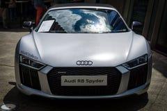 Sportwagen Audi R8 Spyder Quattro, sinds 2011 wordt geproduceerd die Stock Fotografie