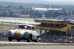 Sportwagen, het Klassieke 24h Ras van Le Mans Stock Fotografie