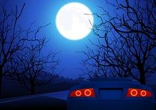 Sportwagen op nachtweg Stock Fotografie