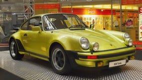 Sportwagens, Porsche-voertuigen, Spierwielen royalty-vrije stock afbeeldingen