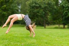 Sporty девушка стоковое изображение rf