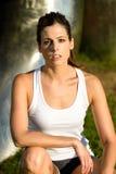 Sporty портрет женщины фитнеса стоковые фотографии rf