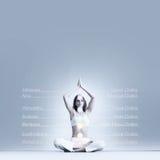 Sporty размышлять девушки Тренировка йоги Стоковое Фото