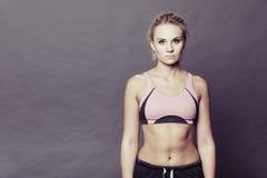 Sporty dysponowana sprawności fizycznej kobieta Obraz Royalty Free