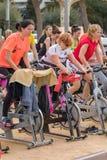 Sporty i zdrowie dzień outdoors w Costa Brava w grodzkim Palamos Przędzalniana klasa 07 04 2018 grodzkich Palamos w Hiszpania Obraz Stock
