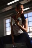Sporty woman in gym Royalty Free Stock Images