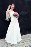 Sposa adorabile con il mazzo Fotografia Stock Libera da Diritti