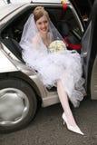 Sposa in automobile Immagini Stock Libere da Diritti