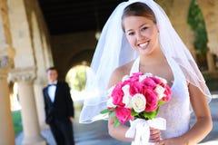 Sposa e sposo alla cerimonia nuziale Immagini Stock Libere da Diritti