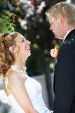Sposa e sposo - cerimonia nuziale immagini stock