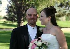 Sposa e sposo di cerimonia nuziale Fotografie Stock Libere da Diritti