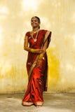 Sposa indiana in pieno immagine stock