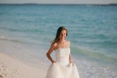 Sposa sulla spiaggia Fotografia Stock Libera da Diritti