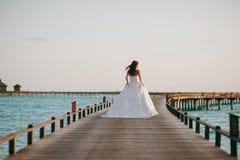 Sposa sulla spiaggia Fotografie Stock