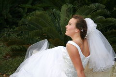 sposa teenager   Fotografie Stock Libere da Diritti