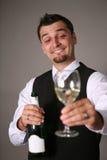 Sposo con una bottiglia del champagne Immagine Stock Libera da Diritti