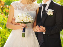 Sposo Embracing Wife Fotografie Stock