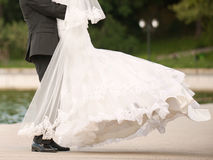 Sposo Whirling Bride Immagini Stock