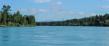 Spostamento del fiume medio di Kenai nell'Alaska Fotografie Stock