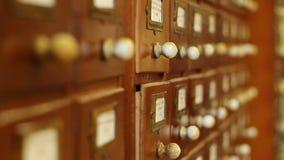 Spostamento del fuoco dei cassetti delle biblioteche archivi video