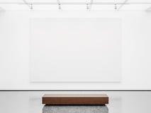 Spot omhoog van galerijbinnenland met wit canvas 3d Stock Foto's