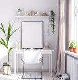 Spot op affichekader in woonkamer, werkplaats, Skandinavische stijl royalty-vrije stock foto's