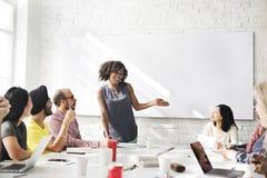 Spotkanie dyskusja Opowiada udzielenie pomysłów pojęcie Zdjęcia Stock