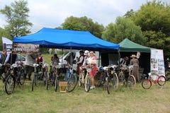 Spotkanie Dziejowi bicykle - dziejowi bicykle wachlują podczas spotkania Obraz Stock