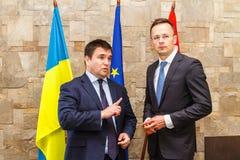 Spotkanie ministrowie spraw zagranicznych Ukraina i Węgry zdjęcia stock