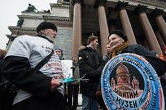Spotkanie protest przeciw przeniesieniu St Isaac ` s Cathedr zdjęcie royalty free