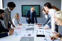 Spotkanie sukcesu brainstorming pracy zespołowej biura biznesowy korporacyjny pojęcie obraz stock
